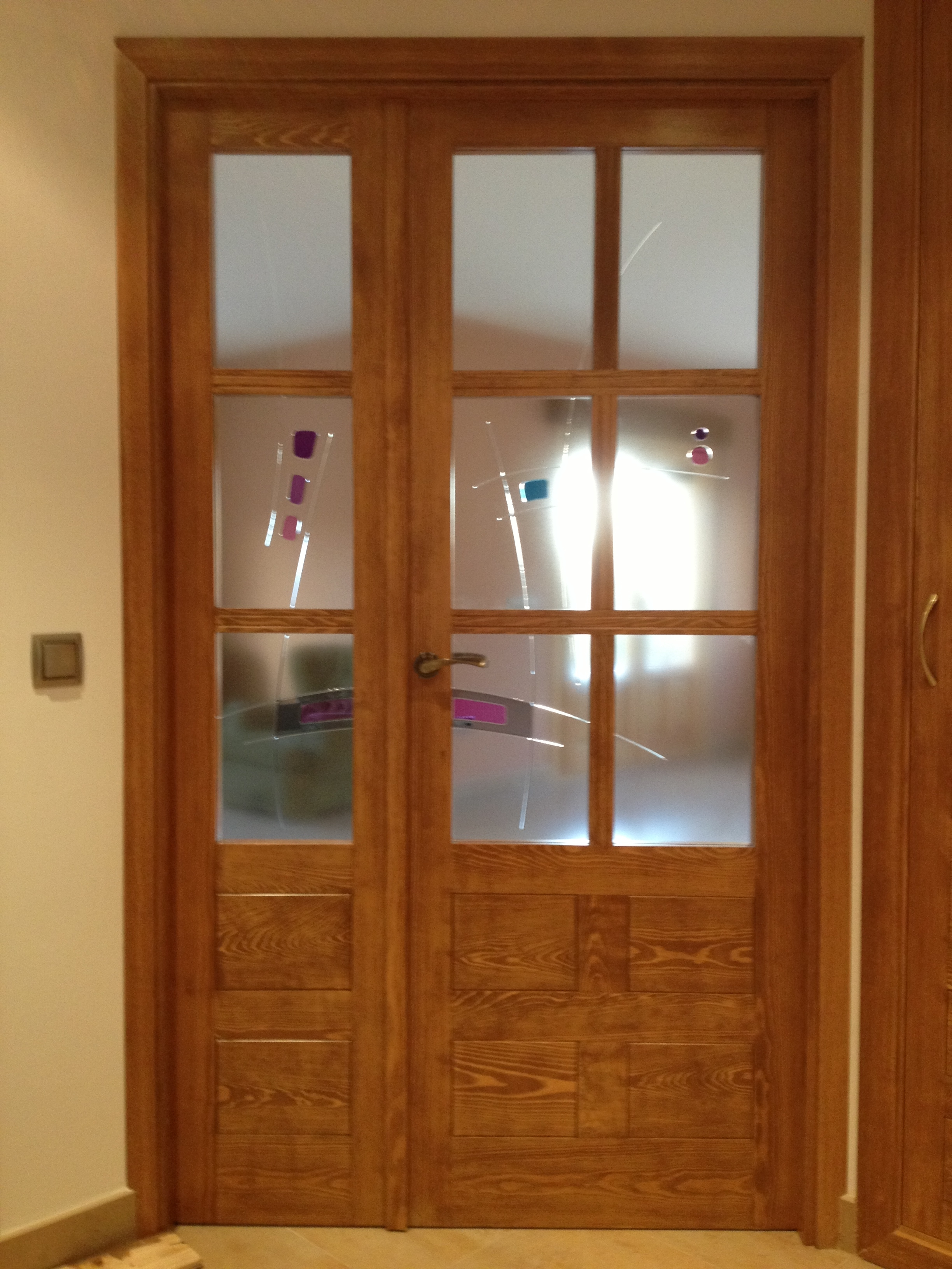 Cristales puertas interior materiales de construcci n - Cristales decorativos para puertas de interior ...
