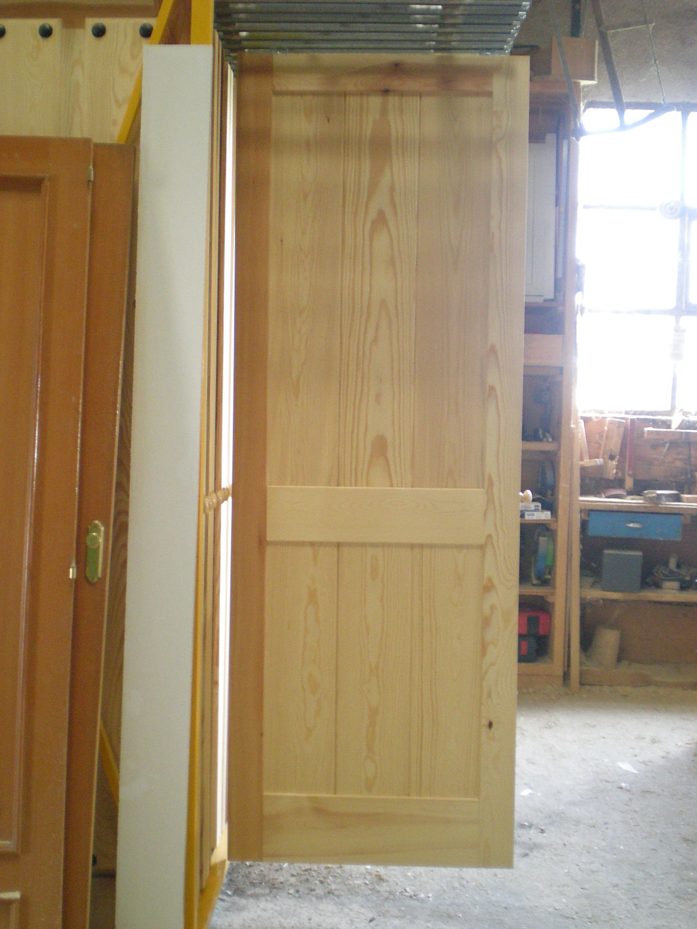 Puertas de paso o interior carpinter a de prado - Hacer puertas de madera ...