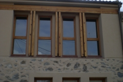 Ventanal de madera
